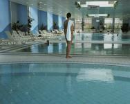 Danubius Health Spa Resort Helia Budapest pool in the wellness centre