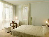 Holiday Beach Hotel in Budapest at discount price for a wellness weekend