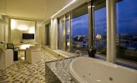 Lanchid 19 hotel in Budapest in the city centre - 4 star design hotels with the best view to the city