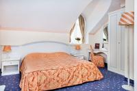 Elegant double room in Hotel Museum Budapest - Mercure Hotel Budapest